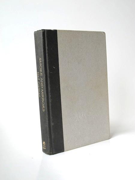 Imágen 1 del libro: Smoke and Mirrors - Usado