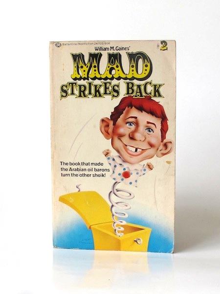 Imágen 1 del libro: MAD STRIKES BACK - Usado