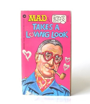 Mads_Dave_Berg_takes_a_loving_look___Warner___8___1987___Libros_antimateria