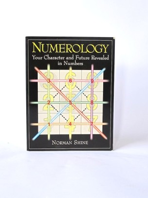 Shine_Norman___Numerology___Simon_and_Schuster___1994___Libros_Antimateria_1